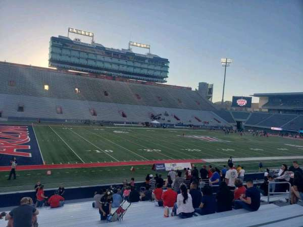 Arizona Stadium, section: 6-7, row: 23, seat: 15