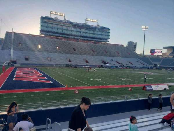 Arizona Stadium, section: 7, row: 10, seat: 21
