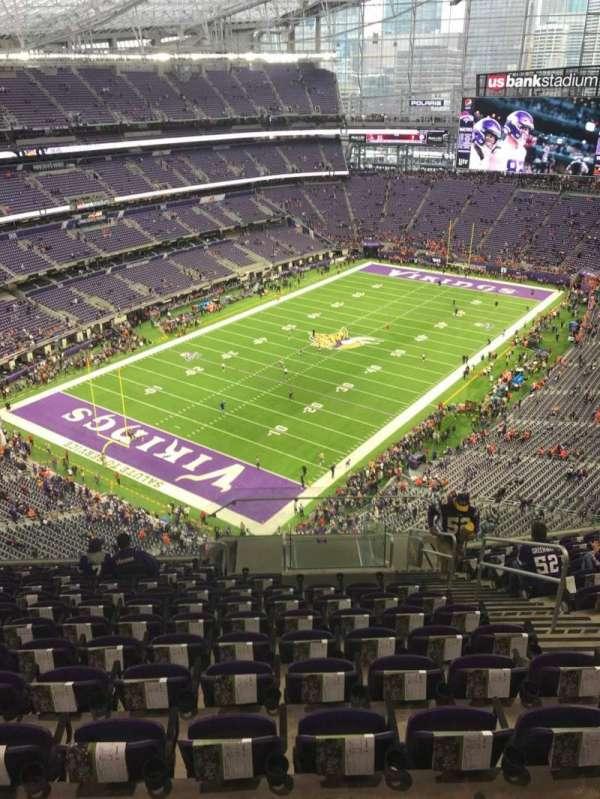 U.S. Bank Stadium, section: 321, row: 13, seat: 5