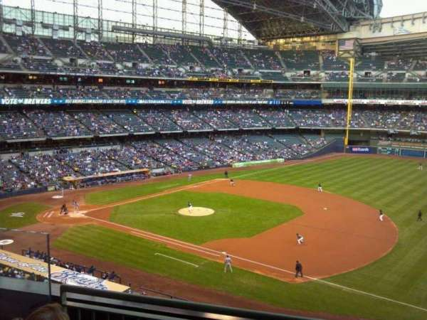 Miller Park, section: 315, row: 3, seat: 4