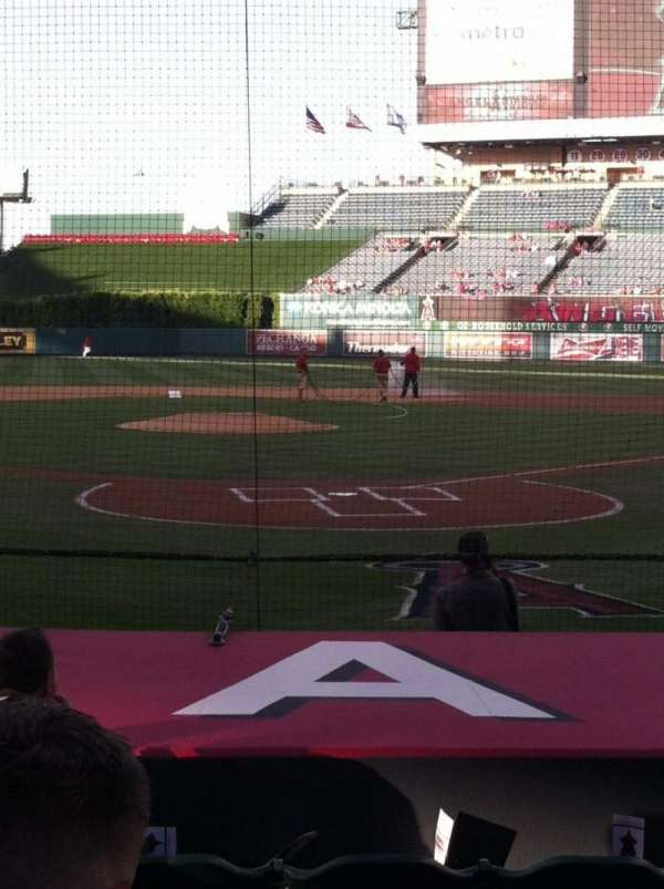 Angel Stadium, section: 116, row: E, seat: 5