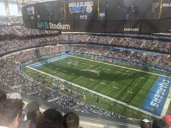 SoFi Stadium, section: 420, row: 4, seat: 8