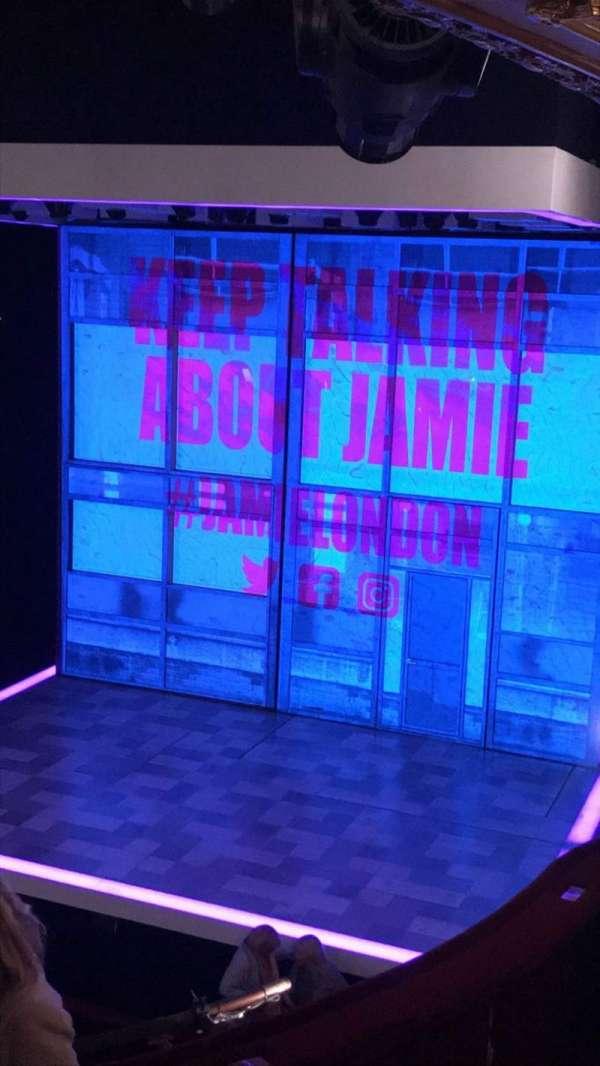 Apollo Theatre, section: Dress Circle, row: E, seat: 6-7