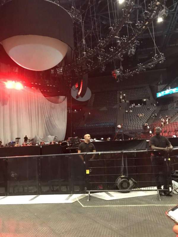 AccorHotels Arena, section: Fosse Debout