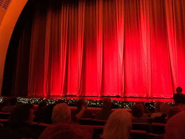 Radio City Music Hall, section: Orchestra 4, row: HH, seat: 401