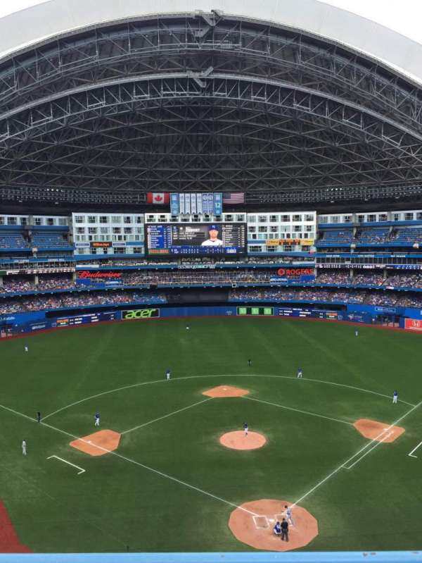 Rogers Centre, section: 524bl, row: 2, seat: 110