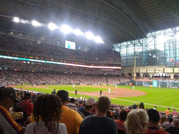 Minute Maid Park, section: 129, row: 26, seat: 5