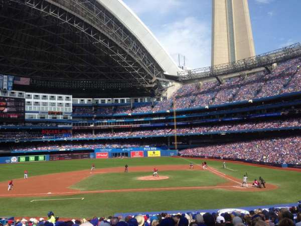 Rogers Centre, section: 126R, row: 28, seat: 10