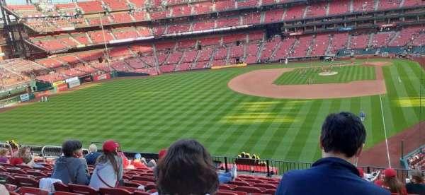 Busch Stadium, section: 271, row: 11, seat: 10