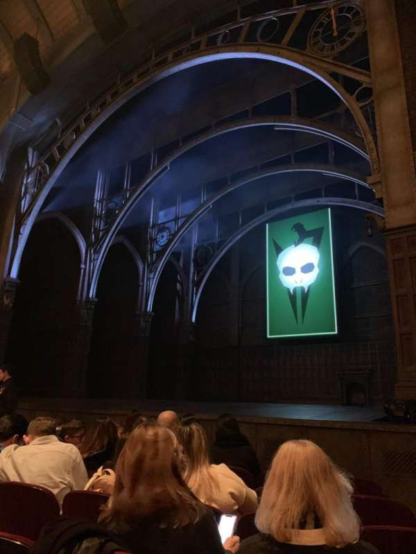 Lyric Theatre, section: Orchestra R, row: D, seat: 28