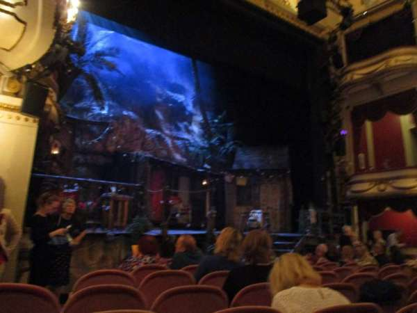 Noël Coward Theatre, section: Stalls, row: L, seat: 27