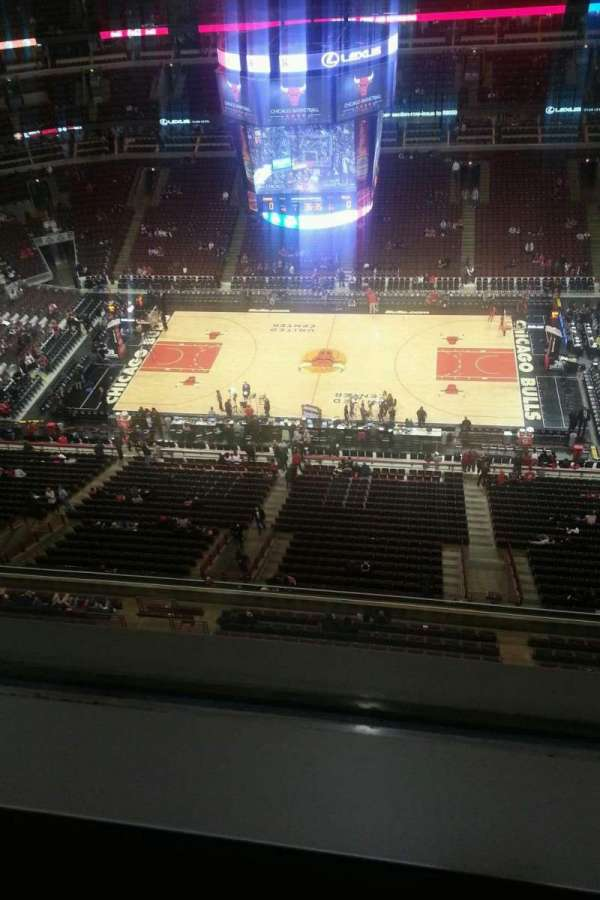 United Center, section: Suite