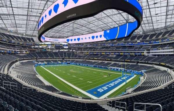SoFi Stadium, section: 202, row: 14, seat: 3