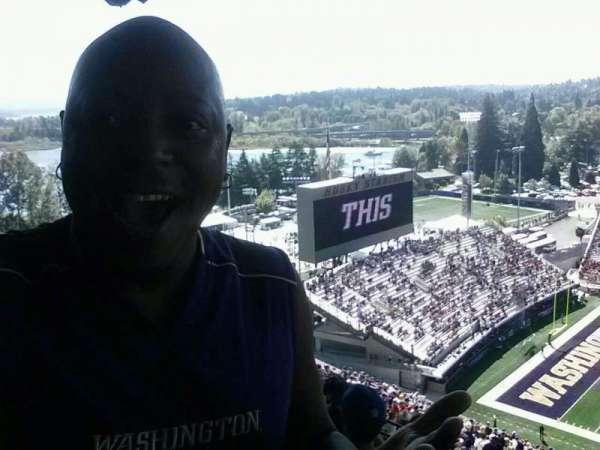 Husky Stadium, section: 330, row: 43, seat: 21