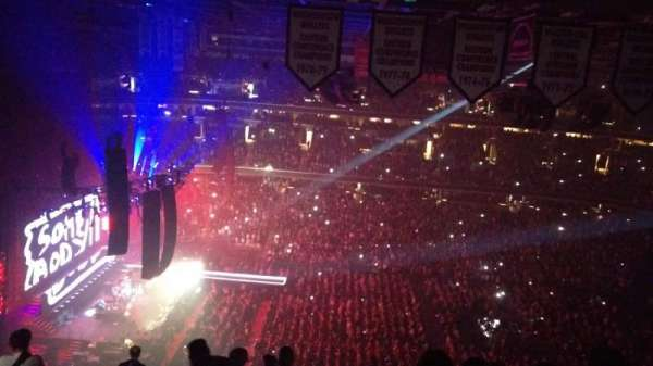 Capital One Arena, section: Upper Concourse 433, row: N, seat: 12