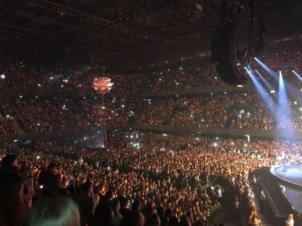 Ziggo Dome, section: 102, row: 10, seat: 25