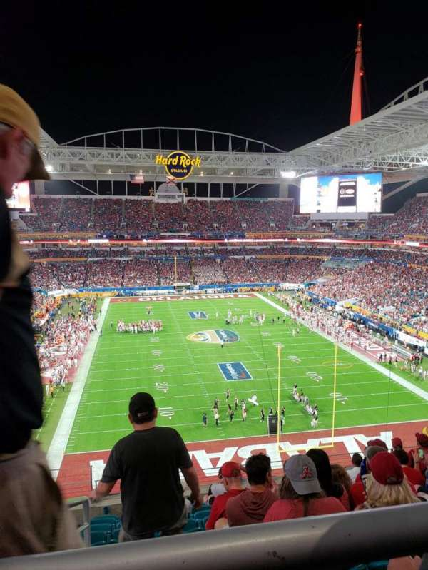 Hard Rock Stadium, section: 333, row: 10, seat: 24