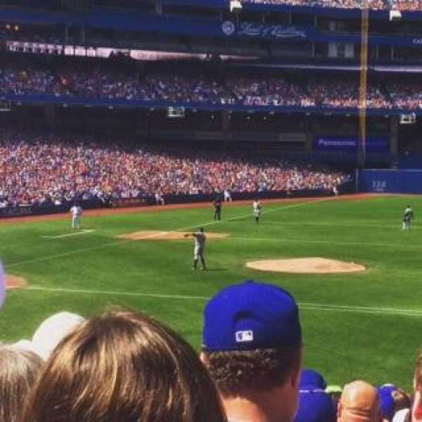 Rogers Centre, section: 116L, row: 27, seat: 8