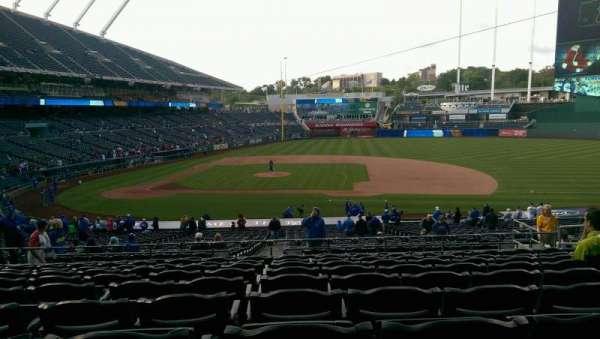 Kauffman Stadium, section: 234, row: KK, seat: 12