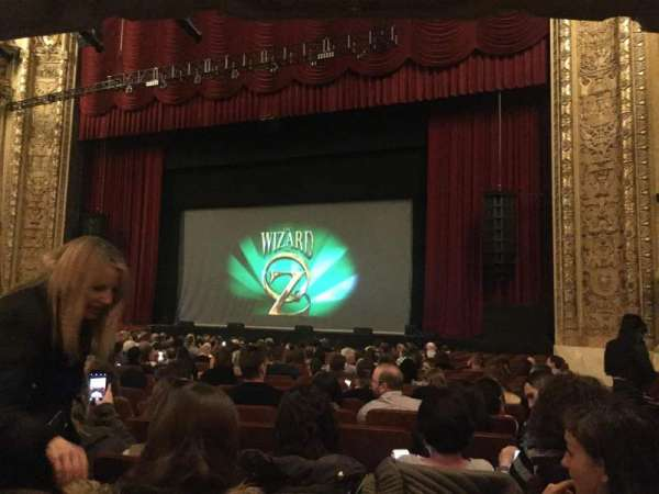 Chicago Theatre, section: MNFL3R, row: G, seat: 320