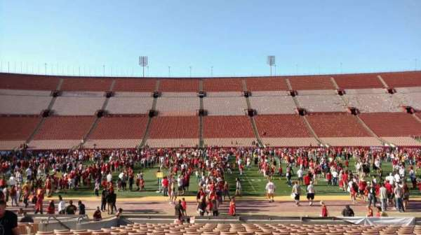 Los Angeles Memorial Coliseum, section: 6H, row: 18, seat: 112