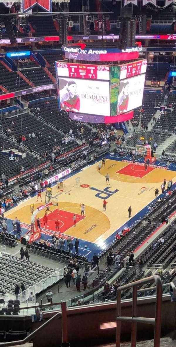 Capital One Arena, section: 411, row: N, seat: 21