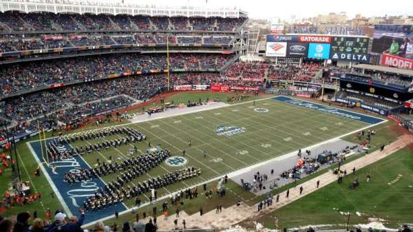 Yankee Stadium, section: 413, row: 9, seat: 26