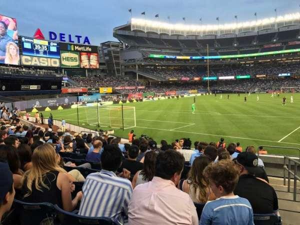 Yankee Stadium, section: 133, row: 10, seat: 1