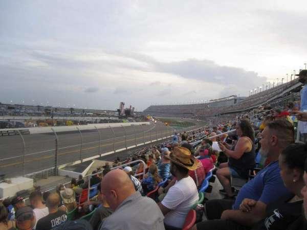 Daytona International Speedway, section: 115, row: 21, seat: 10