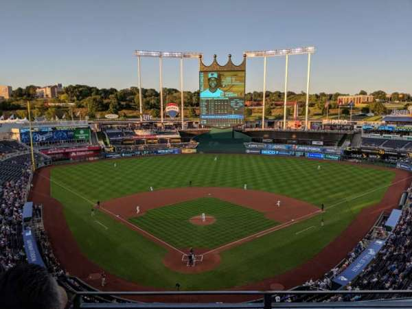 Kauffman Stadium, section: 421, row: K, seat: 5