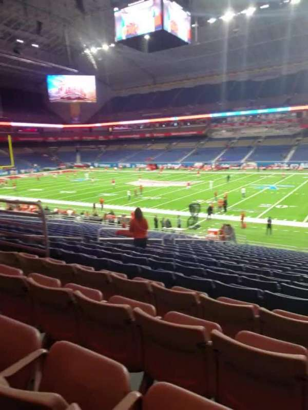 Alamodome, section: 131, row: 22, seat: 13