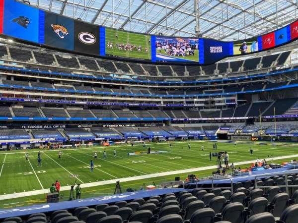 SoFi Stadium, section: C109, row: 16, seat: 9