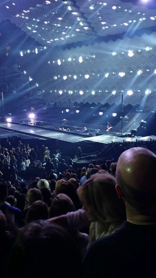 Capital One Arena, section: 112, row: Q, seat: 12