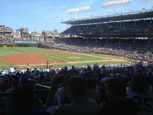 Wrigley Field, section: 211, row: 6, seat: 106
