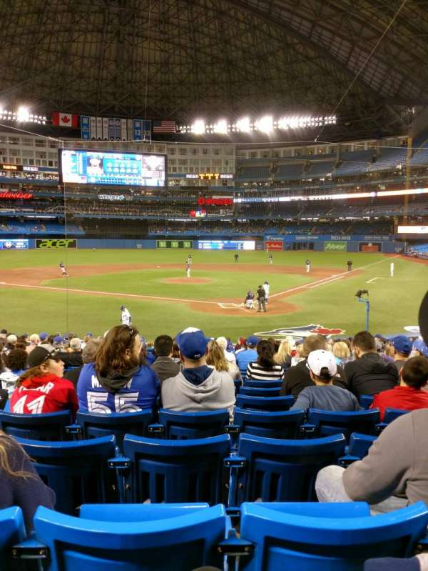 Rogers Centre, section: 123R, row: 23, seat: 4