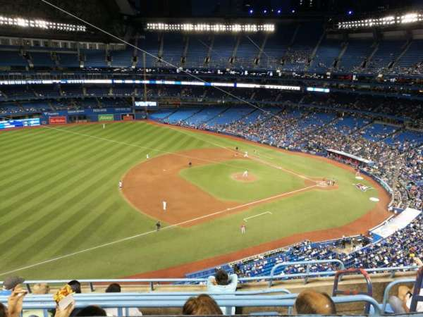 Rogers Centre, section: 533L, row: 6, seat: 101