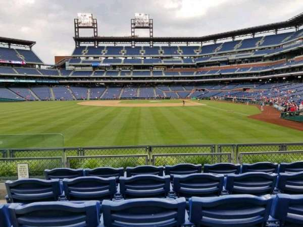 Citizens Bank Park, section: 142, row: 5, seat: 17