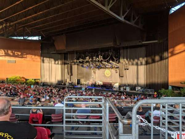 White River Amphitheatre, section: 203, row: 4, seat: 1