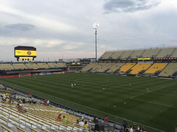 Mapfre Stadium, section: 141, row: 24, seat: 38