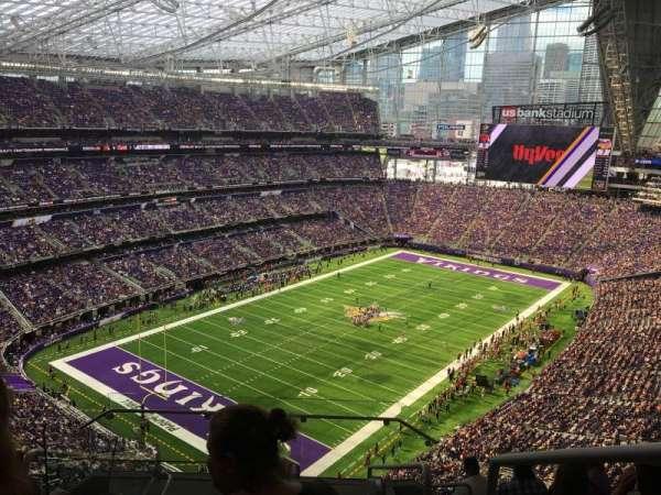 U.S. Bank Stadium, section: 321, row: 8, seat: 1