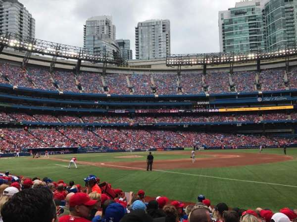 Rogers Centre, section: 113AR, row: 10, seat: 7