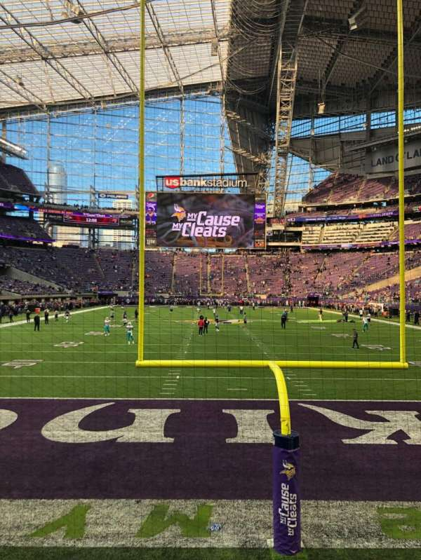 U.S. Bank Stadium, section: 119, row: 1, seat: 1