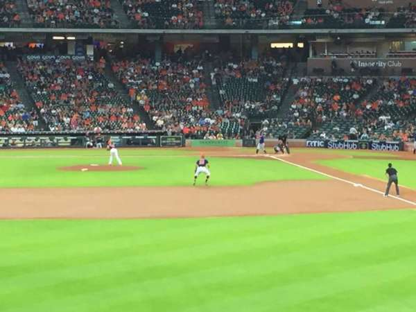 Minute Maid Park, section: 102, row: 1, seat: 14