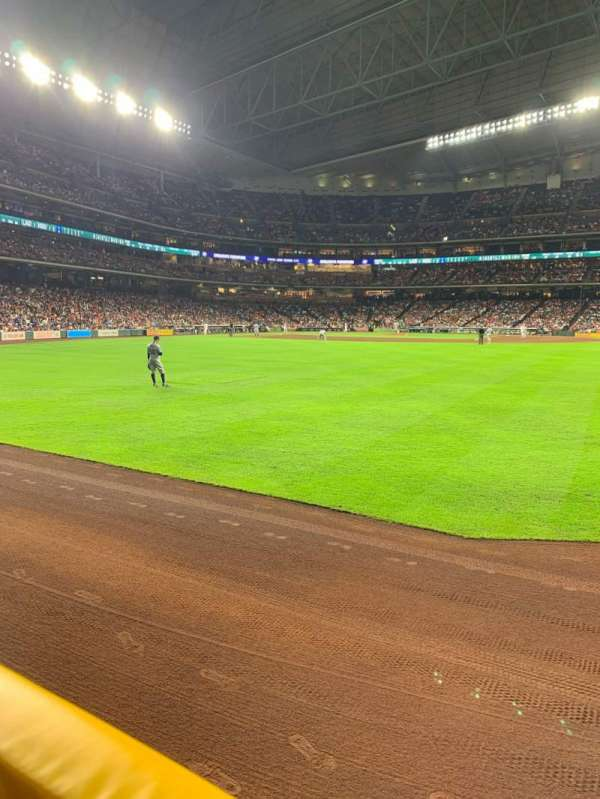 Minute Maid Park, section: 154, row: 1, seat: 23