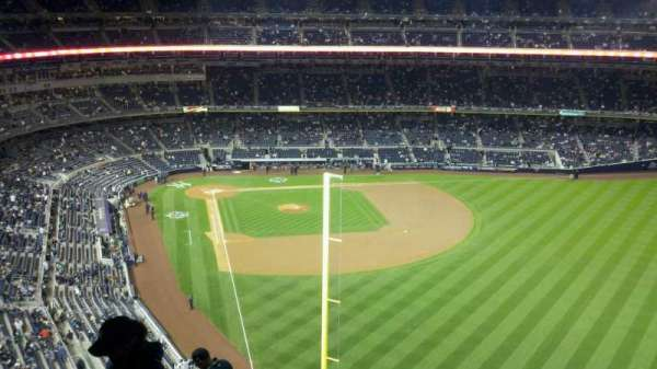 Yankee Stadium, section: 407a, row: 11, seat: 23
