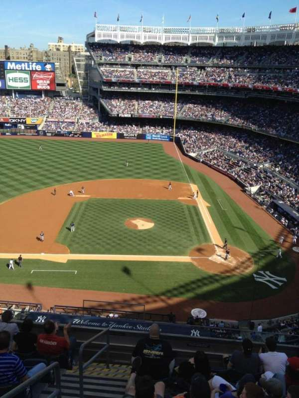 Yankee Stadium, section: 324, row: 5, seat: 20