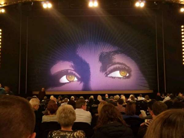 Lunt-Fontanne Theatre, section: Orchestra C, row: R, seat: 108