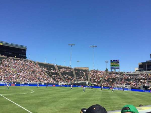 Autzen Stadium, section: 31PR, row: 4, seat: 21