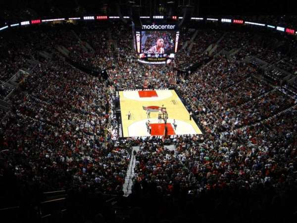 Moda Center, section: 321, row: O, seat: 21