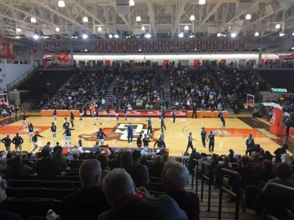Stroh Center, section: 115B, row: T, seat: 16